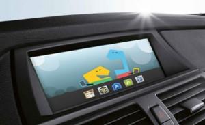 Les éditeurs se livrent une véritable guerre sur les systèmes embarqués dans nos véhicules, comme ici avec Meego de Nokia